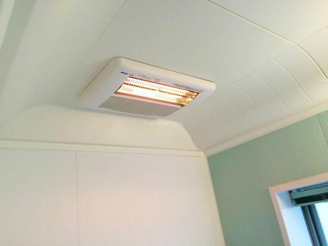 神奈川県横浜市都筑区高須産業涼風暖房機SDG-1200GS・ 浴室換気乾燥暖房機BF-231SHA2の設置工事