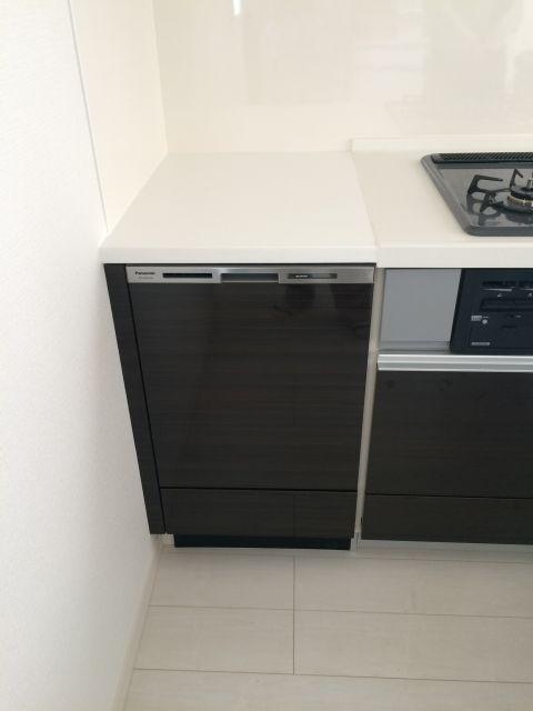 東京都葛飾区東金町 クリナップKTキッチンにビルトイン食洗機を設置する工事を行いました。
