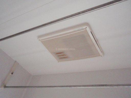 浴室換気乾燥機(バス乾)の交換工事 タカラスタンダードBD-1201UB(N)から三菱電機V-122BZへ交換