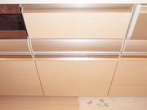 Miele 食器洗浄機 G1502SCu(ホワイト) キャビネットを分割しての新規取付工事
