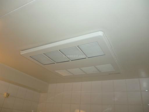 三菱電機 浴室換気乾燥機 V-122BZ 三菱社製 浴室換気乾燥機からの交換工事