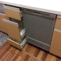 LIXIL キッチンアミィのキャビネットを加工パナソニックビルトイン食洗機 NP-45MD8Sの取り付け- 埼玉県白岡市<!--70804-->