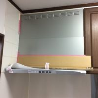 プロパンガス切替に伴う、コンロ、レンジフード、給湯器とビルトイン食洗機の新規取付工事-神奈川県横浜市南区中里