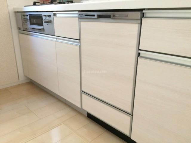 ファーストプラスキッチンにパナソニックビルトイン食洗機 NP-45MD8Sの取り付け-神奈川藤沢市亀井野