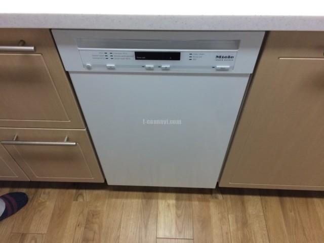 Miele ビルトイン食洗機G4700SCuの新規取り付け-ザリバープレイスリバーコート