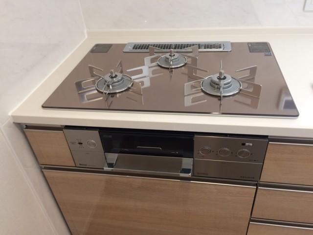 パナソニックビルトイン食洗機NP-45MD8W・リンナイビルトインコンロRHS72W22E3RC-STWの新規取り付け-レーベン守谷 THE SQUARE