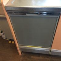 クリナップシステムキッチンに設置されているパナソニックNP-45RS5を取り外してディープタイプ食洗機に交換する工事-神奈川県藤沢市